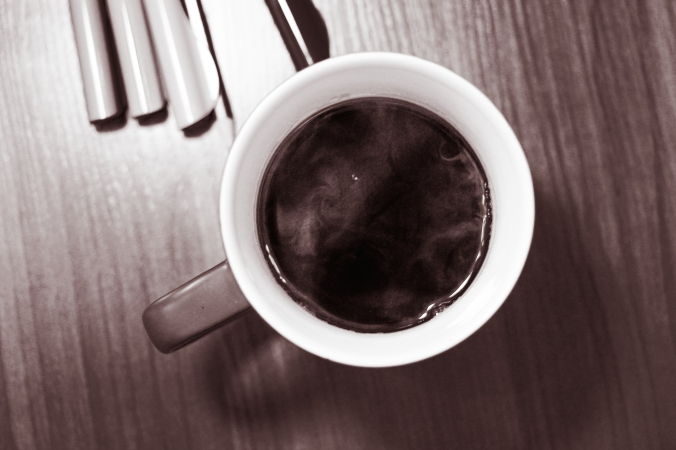 2015_05_life-of-pix-free-stock-photos-coffee-black-mug-table-szolkin